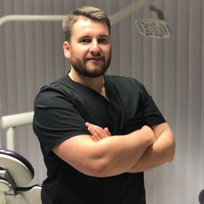 Andrius Geguzis, odontologas Panevėžyje, nemuno odontologijos klinika